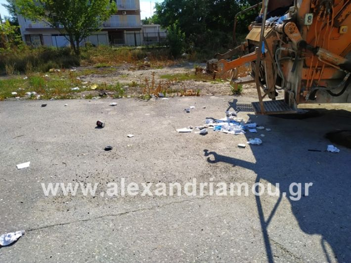 alexandriamou.gr_skoupidiaamfitheatro2019000